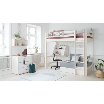 CLASSIC – CASA HIGH BED W. STRAIGHT LADDER – WHITE WASHED